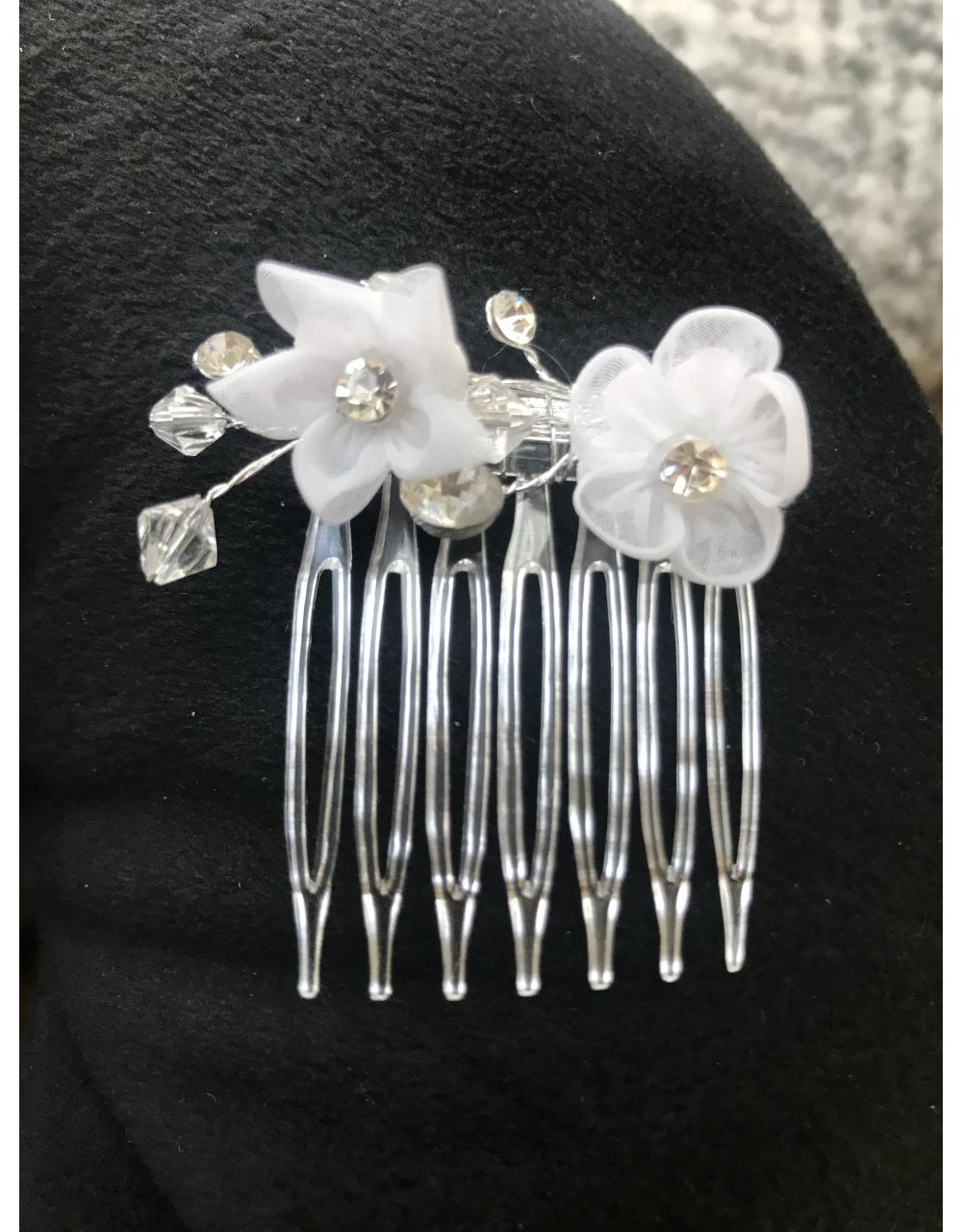 Small White Flower & Sparkle Comb