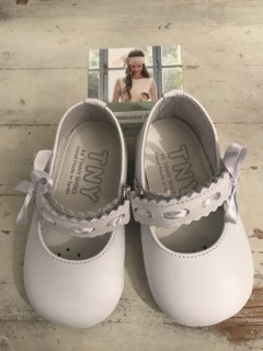 Spanish Handmade White Leather Baby Shoes