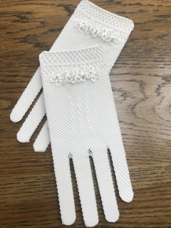 White or Ivory Aire Barcelona Spanish Communion Gloves
