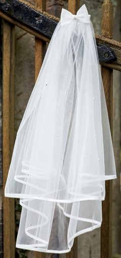 Classic communion veil with satin edge, scattered pearls & bow