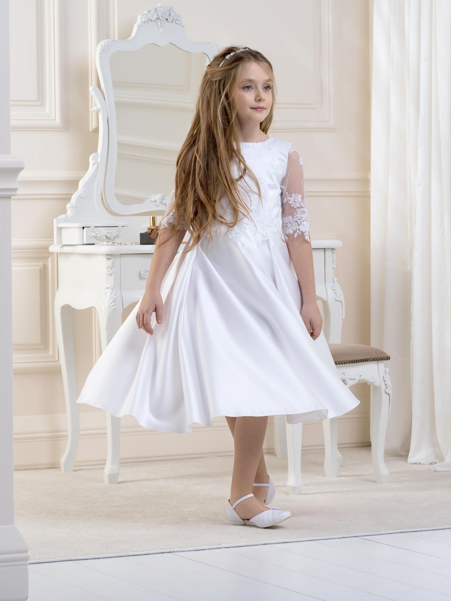 96792899 AGE 10 ONLY - Lacey Bell - Style CD5 - Knee Length Satin & Lace Communion  Dress